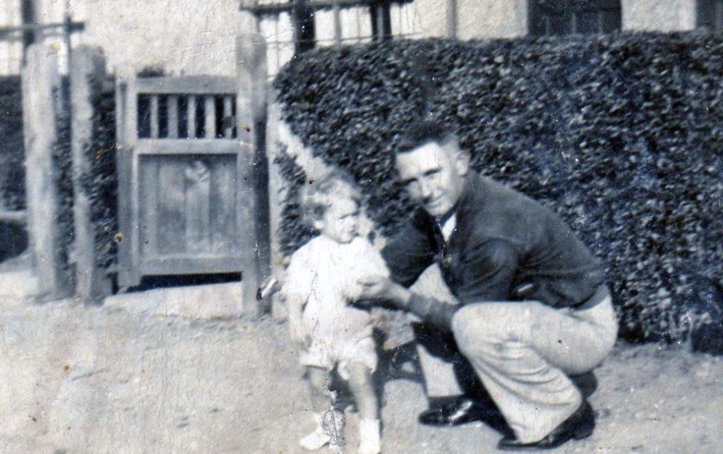 Les's Father